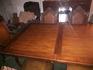 Dining room table and chairs with buffet