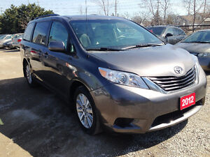 2012 Toyota Sienna LE AWD Reverse Camera