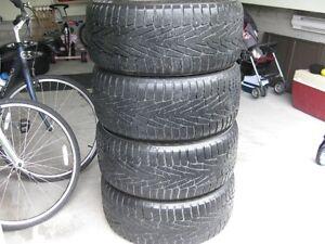 4 pneu nokian hakkapelitta 7 presque neuff 275 40 20 AUDI Q7