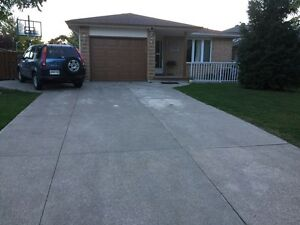 1599 hansen cres- SOUTH WINDSOR