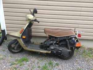 86 yammha scooter have ownership 800 or trade