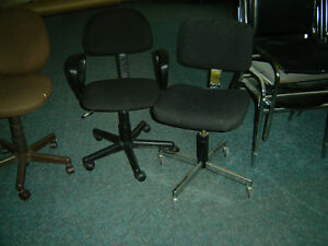 $30 · used Office furniture for sale Chairs/executive chair Regina Regina Area image 1