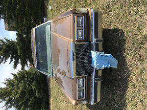 1985 Lincoln Town Car Continental Sedan