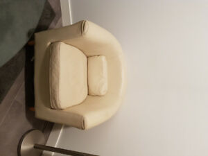 2 Leather Tub Chairs For Sale.