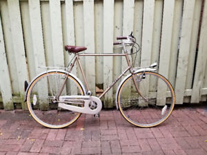 Beautiful classic/vintage Miyata city bike made in Japan 3 speed