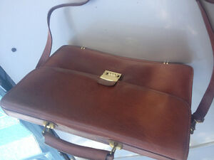 Brown leather office briefcase Almost new...excellent quality!!!