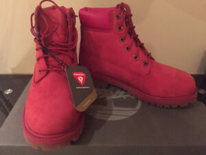 Timberland Limited Edition Womens Ruby Red Premium Size 4 b9a5347795