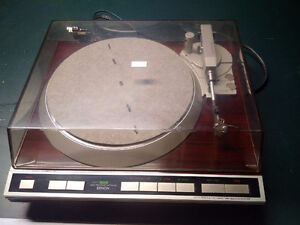 Denon Turn Table DP-45 with cartridge