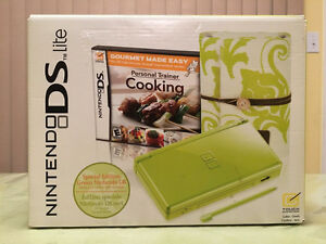Nintendo DS Lite Lime Green Special Edition w Personal Trainer