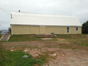 Building for sale just outside summerside, 857 read drive