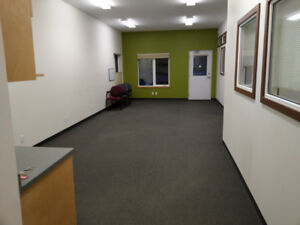 Commerical / Office space for sale or rent 1050 sq ft