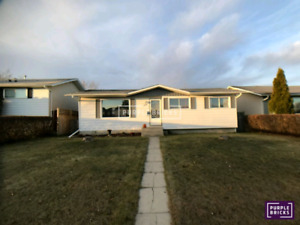 House for sale in Leduc