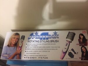Brand new spin magic rotating styling brush London Ontario image 1