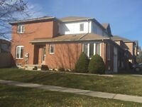 End Unit Town House for Rent - Maple -$1700/mo