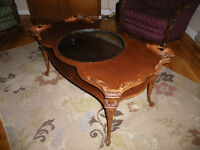 TABLE BASSE ET 2 TABLE D'APPOINT ANTIQUE