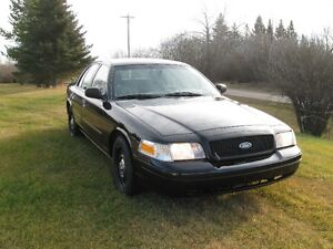 2010  and 2008 Ford Crown Victoria Police Package Sedan Strathcona County Edmonton Area image 5