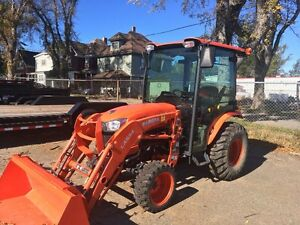 2014 KUBOTA B2650 CABBED TRACTOR AND LOADER FOR SALE!!