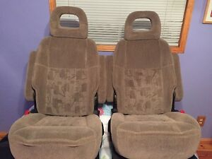 Middle and Rear seats for Pontiac Montana