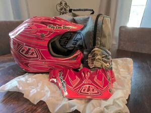 Troy Lee helmet *mint* size XL