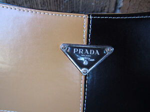 Prada Milano Knockoff Purse Bought in Italy Kingston Kingston Area image 3