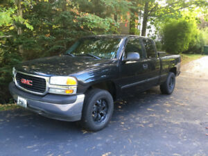 2002 GMC 1500 4 x 4 Extended Cab
