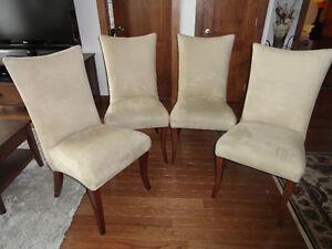 4 chaises de salle à manger de marque Bermex