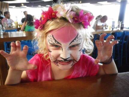 Party Entertainment - Face Painting and Balloon Twisting