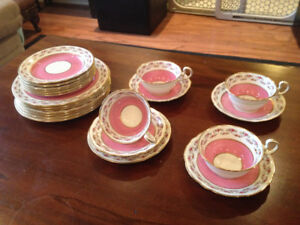 Remaining Items - Vintage Aynsley Tea Set – Pink - PA982