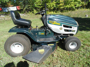 Riding Mower-Yard Works Peterborough Peterborough Area image 1