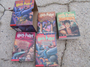 HARRY POTTER - FIRST 4 THRILLING ADVENTURERS