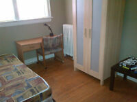 ST CLAIR/DUFFERIN: All Included,Furnished Room,Male Preferred