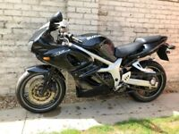 Suzuki sv650sy selling as spares or repair No MOT