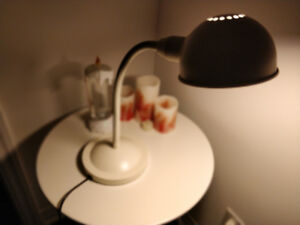 Metal Table Lamp for $10 (with bulb)
