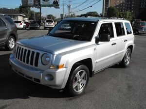 2008 JEEP 4X4 PATRIOT LTD  LOW KMS  SUNROOF-LEATHER  SALE