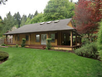 Beautiful and meticulous one level rancher in Nanoose Bay