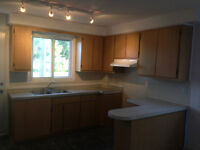 4 1/2 Apartment a Lour / 2bedroom Apartment for rent:July1st/Aug