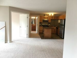 3 Bedroom Condo for rent! Clareview LRT Station