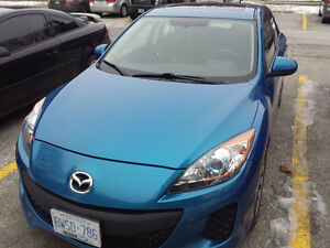 2012 Mazda3 Sport GS Sky Active Hatchback with Winter tires