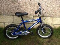 "Magna Dirt Jumper Kids 14"" Bike"