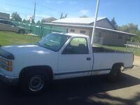 1994 GMC Sierra 1500 White Pickup Truck