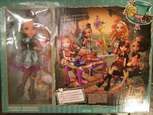 Ever After High Doll Set - New