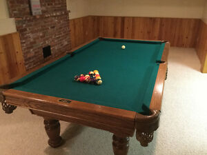 Pool table Duffrin slate 4x8 in excellent condition