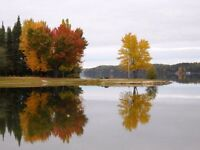 Waterfront cottage Lac Cayamant QC