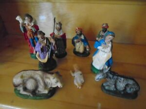 9 personnages de creche de Noel antique made in Italy
