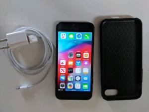 IPhone 7 (unlocked) 32g