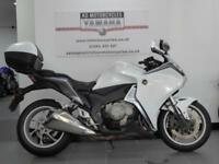 2010 REG HONDA VFR 1200 F SPORTS TOURER WITH TOP BOX AND REAR RACK GREAT VALUE