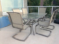 7 piece patio dining set, 6 chairs and glass table