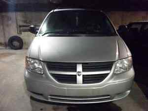 Dodge Grand Caravan 2005 (great condition)