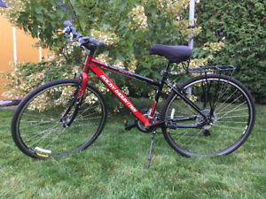 Vélo Rocky Mountain (construction Canadienne)