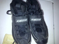 Reebok Authentic Men's Football Cleats Shoes Souliers 9.5